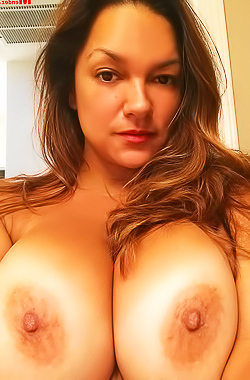 Monica Mendez Big Boobs Selfies