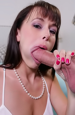 Slutty Alana Cruise Blows Best