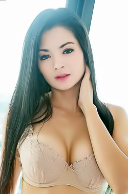 Nice Asian Arina Zhen With Big Boobs