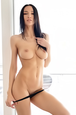 Stunning Brunette Anastasya Reveals Boobs